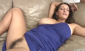 Busty milf cook jerking and soaked crack rubbing